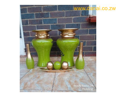 Decorate your homes with these lovely vases. They are available in any colour